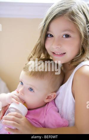 частное фото младшей сестры